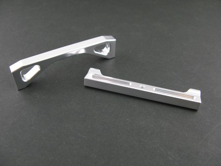 Alloy Front Chassis Brace Holder for SCX-10